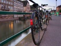 Fila de la bicicleta Fotografía de archivo libre de regalías