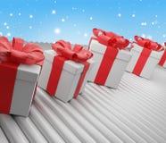 Fila de las cajas de los regalos de Navidad en la banda transportadora 3d-illustration stock de ilustración
