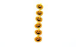 Fila de los caracteres de la Jack-o-linterna aislados en blanco imagen de archivo libre de regalías
