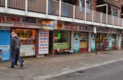 Fila dei negozi Londra orientale Immagini Stock Libere da Diritti
