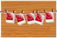 fila del corazón rojo Imagenes de archivo