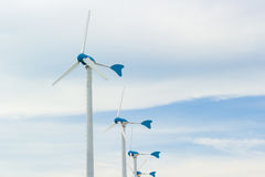 Fila del generatore eolico Fotografia Stock