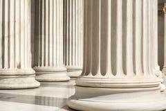Fila delle colonne a Atene Fotografie Stock Libere da Diritti