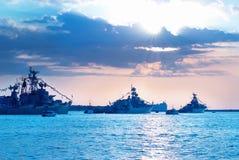 Fila delle navi militari Fotografia Stock Libera da Diritti