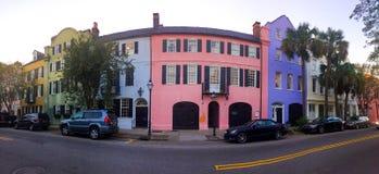 Fila histórica del arco iris, Charleston, SC Foto de archivo libre de regalías