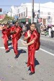 Fila marcial del artista del desfile chino del Año Nuevo Imágenes de archivo libres de regalías