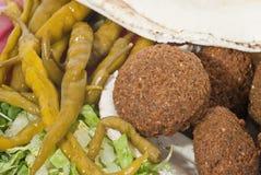 Filafel - der arabische Imbiß Stockfotos