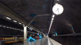 Filamento de Solna Estación de metro Arte en el subterráneo Estocolmo suecia metrajes