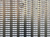 Filas de campanas y de letreros múltiples en planos Foto de archivo