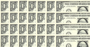 Filas de las cuentas de un dólar Fotografía de archivo libre de regalías