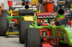 Filas de los coches A1 después de la raza en Sepang, Malasia. Foto de archivo