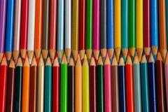 Filas de los creyones del lápiz Fotografía de archivo libre de regalías