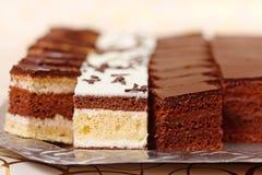 Filas de los pasteles Foto de archivo