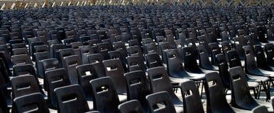 Filas de sillas vacías Fotografía de archivo libre de regalías