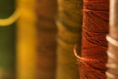 Filato cucirino dei colori differenti Immagini Stock Libere da Diritti