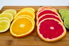File dei cerchi della frutta Fotografia Stock