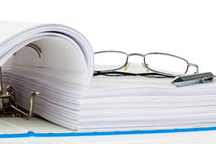 File folder with documents and documents. A file folder with documents and documents. retention of contracts Stock Images