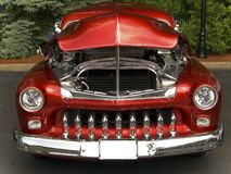FILE ID: 152428 Classic Grill. This is the front end view of a beautiful classic car. It is a 1951 Mercury Barris stock images