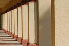 Fileira das colunas Fotografia de Stock