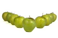 Fileira das maçãs Fotografia de Stock