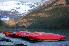 Fileira das canoas, parque nacional de Banff Imagem de Stock Royalty Free