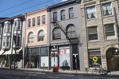Fileira de construções históricas em Gastown fotos de stock