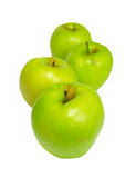 Fileira de maçãs verdes. foto de stock royalty free