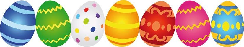 Fileira de ovos da páscoa coloridos Imagens de Stock
