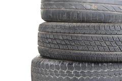 fileira do pneumático obsoleto velho do carro Imagem de Stock