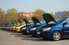 Fileira dos carros Imagem de Stock Royalty Free
