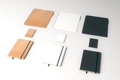 Fileiras dos blocos de notas Imagem de Stock