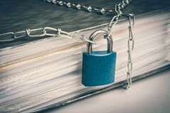 Free Files Locked With Chain And Padlock - Data And Privacy Security Royalty Free Stock Image - 186691416