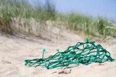 Filet de pêche dans les dunes Image libre de droits