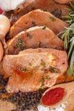 Filet de porc mariné avec des épices Photographie stock
