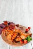 Filet grillé de poulet en décor image libre de droits