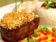 Filet Mignon met gebraden knoflook Royalty-vrije Stock Foto's