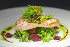 fileta ryba piec na grillu talerz Obrazy Royalty Free