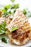 Filete asado a la parilla de Brest del pollo foto de archivo libre de regalías