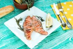Filete asado a la parilla de salmones Imágenes de archivo libres de regalías
