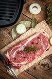 Filete de carne de vaca sin procesar imagen de archivo libre de regalías