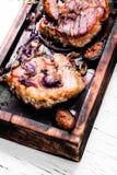 Filete de carne de vaca asado a la parilla imagenes de archivo