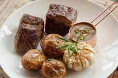 Filete de carne de vaca envejecido seco imagen de archivo