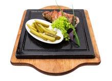 Filete de cerdo relleno con las hierbas y el ajo imagen de archivo