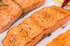 Filete de color salmón frito Foto de archivo libre de regalías