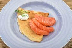 Filete de color salmón fumado Fotografía de archivo