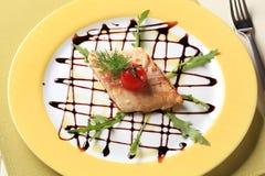 Filete de la trucha de color salmón Fotografía de archivo libre de regalías