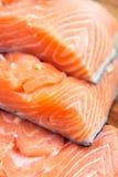 Filete de los salmones rojos Imagenes de archivo