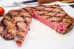 Filete del entrecÃ'te de la carne de vaca Imagen de archivo libre de regalías
