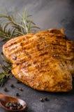 Filete del pollo asado a la parrilla imágenes de archivo libres de regalías