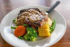 Filete del Pub y comida australianos de Veg imagen de archivo